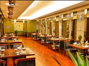 济南饭店回收:回收整个饭店,包括后厨设备、饭店桌椅、冰柜冷柜、空调等。